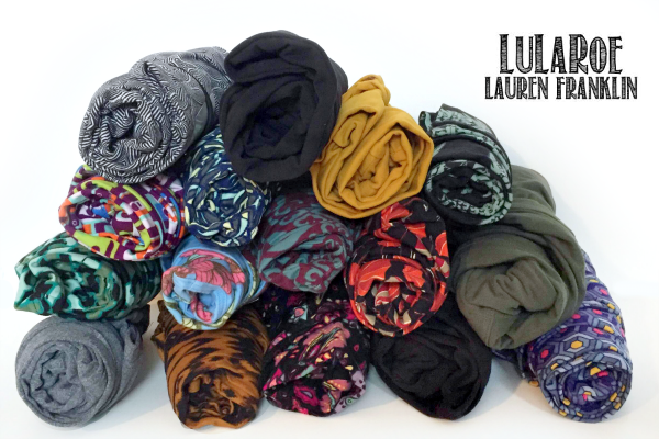 Come for the small sampling of LuLaRoe leggings and some of the bajillion colors and patterns they come in, stay to see the 15 fabulous outfits writer Kim Bongiorno put together! | via LuLaRoe Lauren Franklin